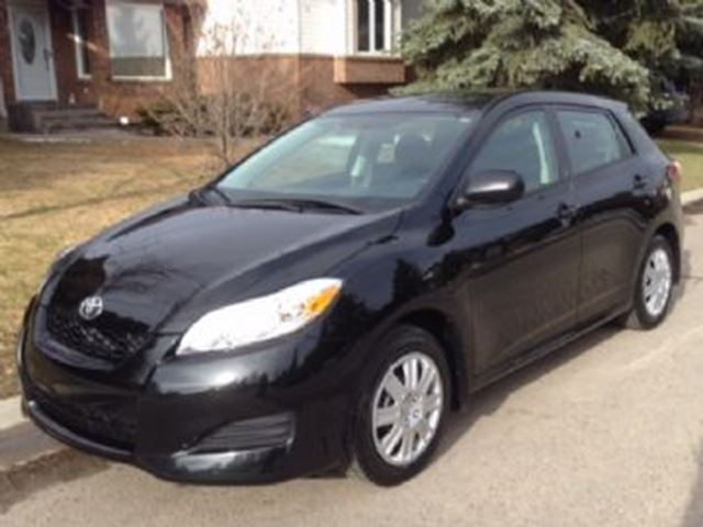 2014 TOYOTA MATRIX FWD w/Convenience Package in Mississauga, Ontario