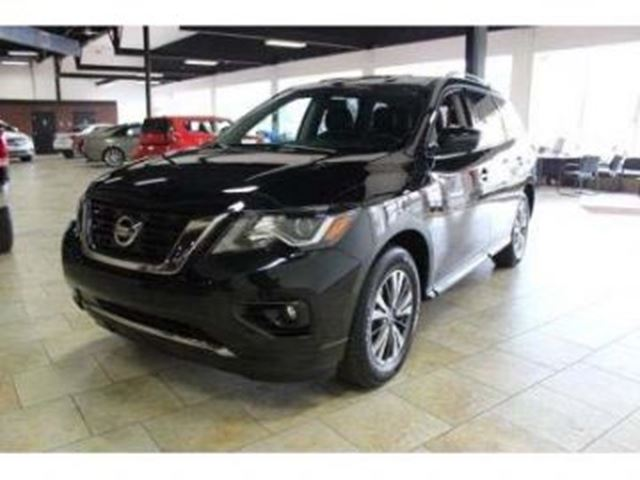 2018 Nissan Pathfinder S 3.5L V6 284HP 4X4 in Mississauga, Ontario