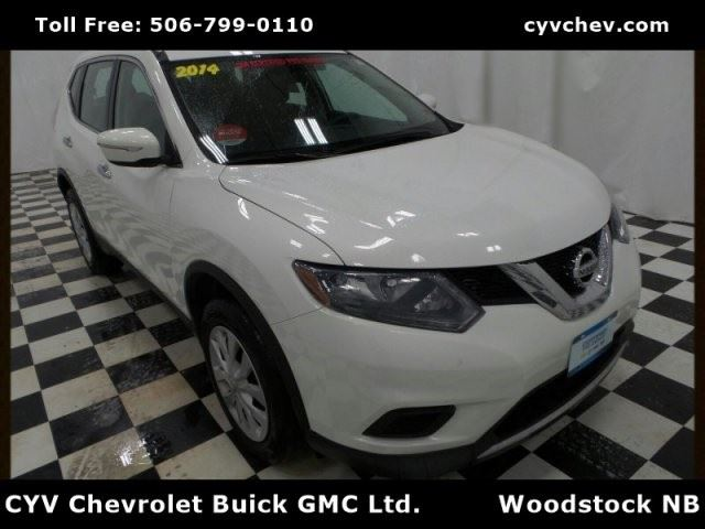 2014 NISSAN Rogue S in Woodstock, New Brunswick