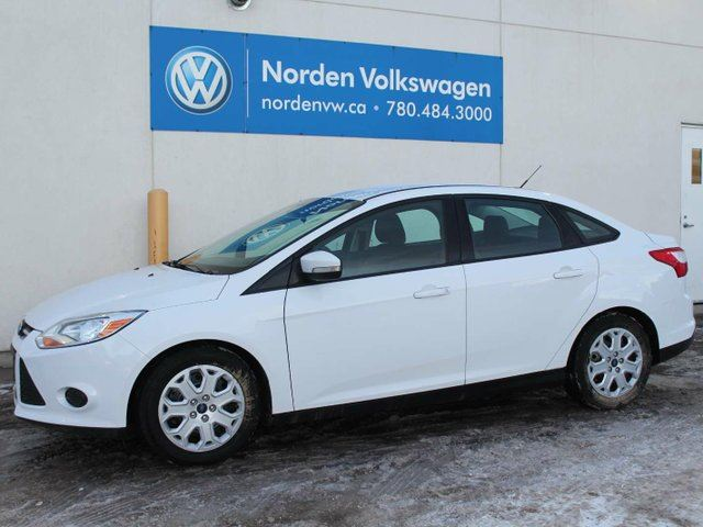 2013 FORD Focus $ 101 / Bi-weekly payments O.A.C. !!! Fully Inspected !!! in Edmonton, Alberta