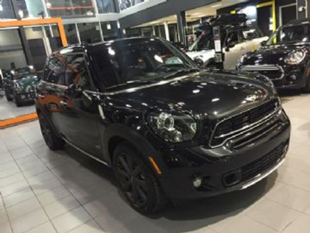 2015 MINI COOPER Countryman S ALL4, Essential, Loaded, Black Pack, Wear Protection ++ in Mississauga, Ontario