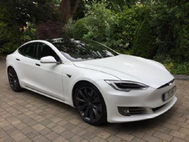 2016 TESLA MODEL S 90d AWD 100% Electric in Mississauga, Ontario