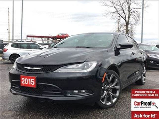 2015 CHRYSLER 200 S**AWD**SUNROOF**NAVIGATION**BLUETOOTH** in Mississauga, Ontario