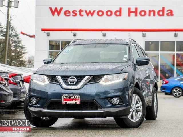 2015 NISSAN ROGUE SV in Port Moody, British Columbia