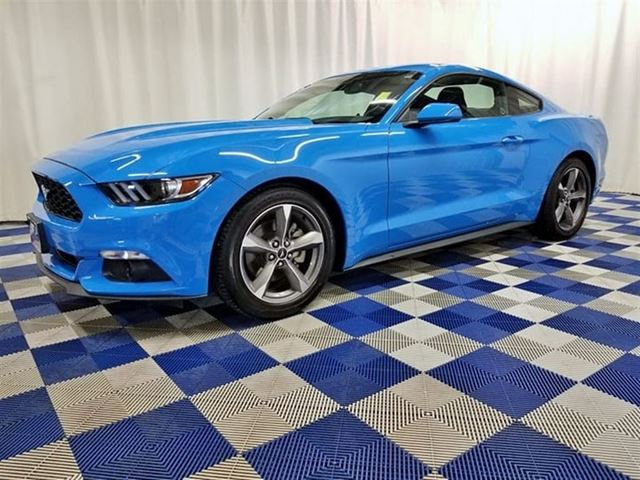 2017 FORD MUSTANG V6/BLUETOOTH/ALLOYS/REAR CAM in Winnipeg, Manitoba