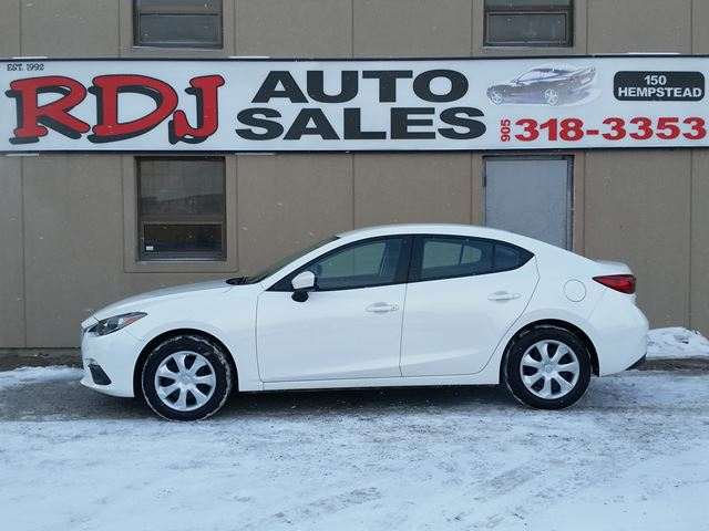 2015 MAZDA MAZDA3 GX  1 OWNER,ACCIDENT FREE in Hamilton, Ontario