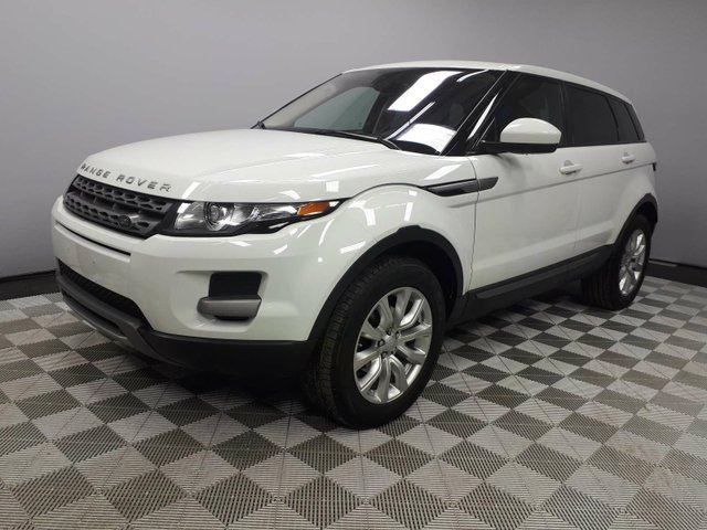 2015 LAND ROVER RANGE ROVER EVOQUE Pure - CPO 6yr/160000kms manufacturer warranty included until July 15, 2021! CPO rates starting at 2.9%! Local One Owner Trade In | No Accidents | Originally from BC | Media Screen | Heated Windshield with Rain Sensing Wipers | Heated Front Seats | H in Edmonton, Alberta