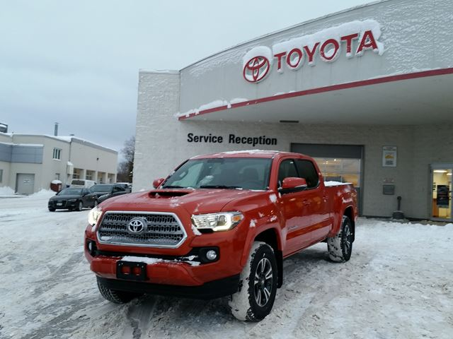 2017 Toyota Tacoma TRD Sport in Midland, Ontario