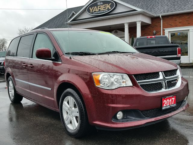 2017 Dodge Grand Caravan Crew Plus, Leather Heated Seats, NAV, DVD, Pwr Doors, Bluetooth, Back Up Camera in Paris, Ontario