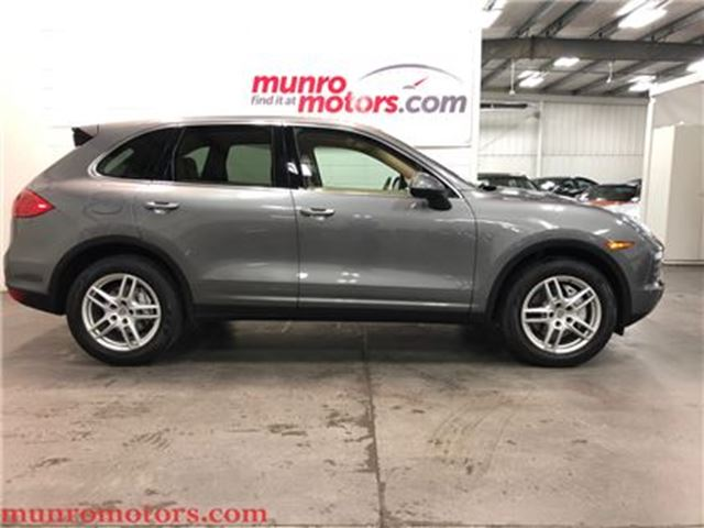 2011 PORSCHE CAYENNE SOLD SOLD SOLD S 4.8 V8 AWD Sunroof Navigation in St George Brant, Ontario