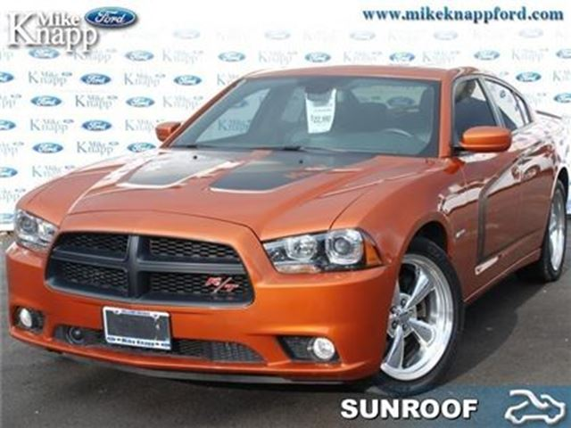 2011 Dodge Charger R/T Hemi - Low Mileage in Welland, Ontario