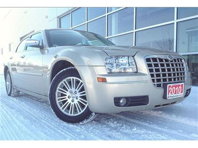 2010 CHRYSLER 300 TOURING!! JUST TRADED !! in Mississauga, Ontario