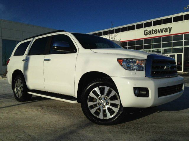 2015 TOYOTA SEQUOIA Limited 5.7L V8 Navi, Heated Seats, Sunroof in Edmonton, Alberta