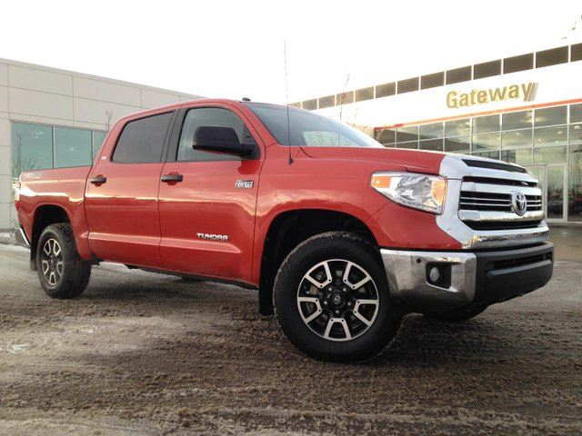 2017 TOYOTA TUNDRA TRD Offroad 5.7L V8 Under 7 K, Navi, Sunroof, Heated Seats in Edmonton, Alberta