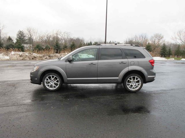 2012 DODGE JOURNEY CREW in Cayuga, Ontario
