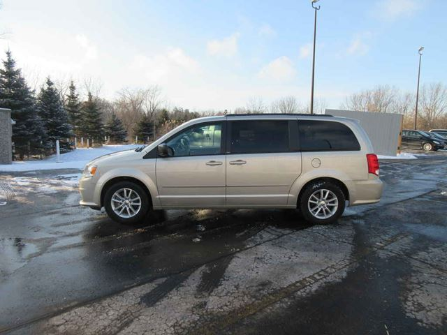 2014 DODGE GRAND CARAVAN SXT in Cayuga, Ontario
