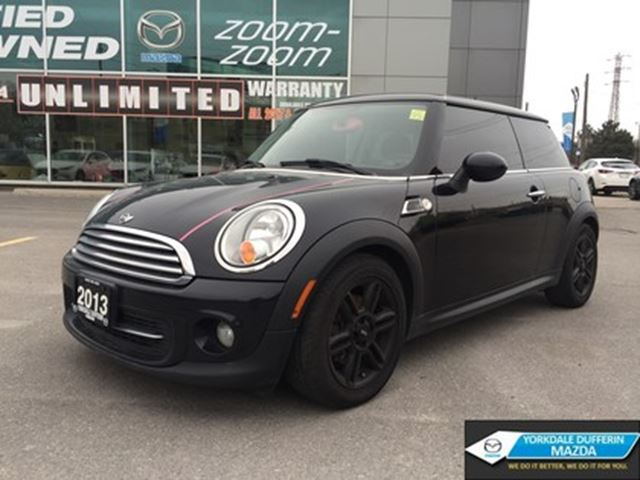 2013 MINI COOPER Cooper / SUNROOF / 6 SPEED!!! in Toronto, Ontario
