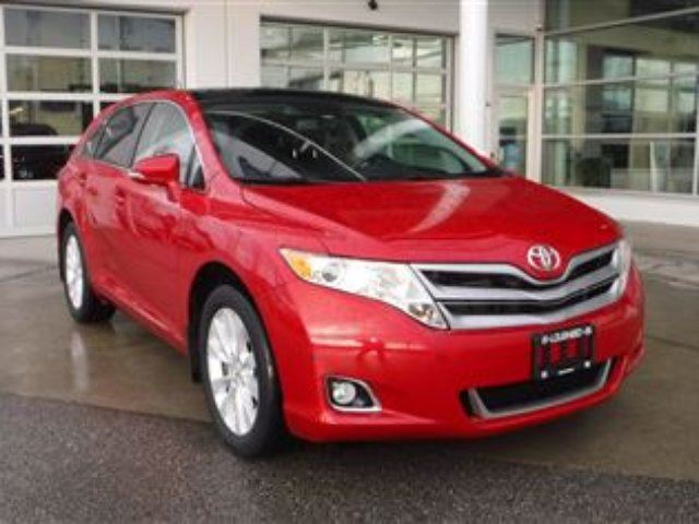 2014 TOYOTA VENZA XLE AWD in Coquitlam, British Columbia