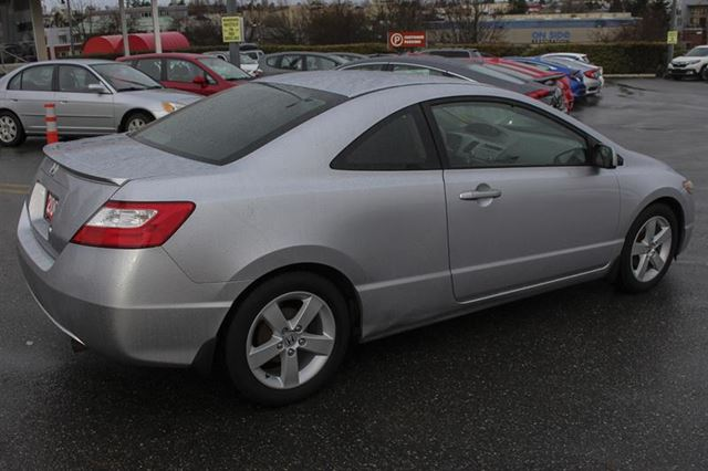 2007 HONDA CIVIC LX 2DR Manual in Victoria, British Columbia