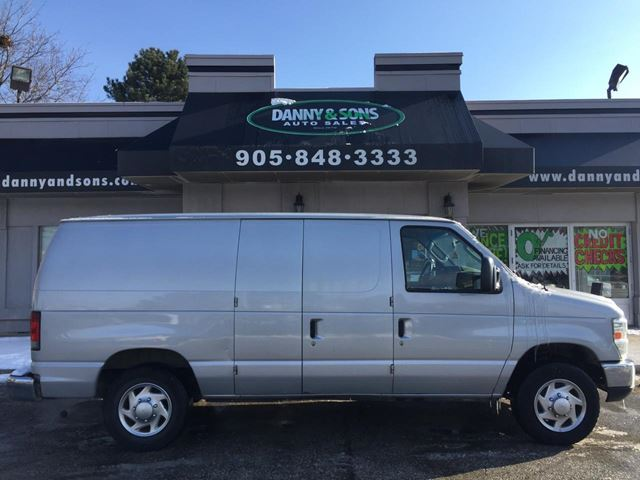2010 FORD ECONOLINE Commercial in Mississauga, Ontario