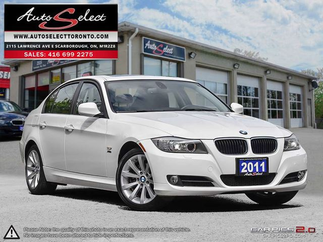 2011 BMW 3 SERIES 328 i xDrive AWD ONLY 151K! **EXECUTIVE PKG** CLEAN CARPROOF in Scarborough, Ontario