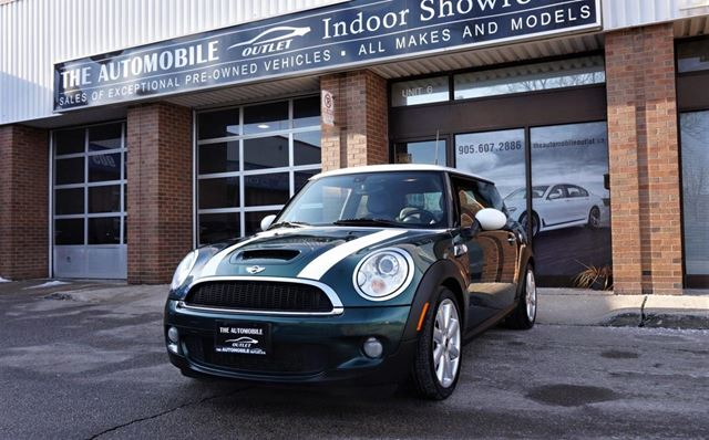 2007 MINI COOPER S MANUAL PANO ROOF LEATHER NO ACCIDENT in Mississauga, Ontario