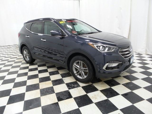 2017 HYUNDAI SANTA FE Luxury in Woodstock, New Brunswick