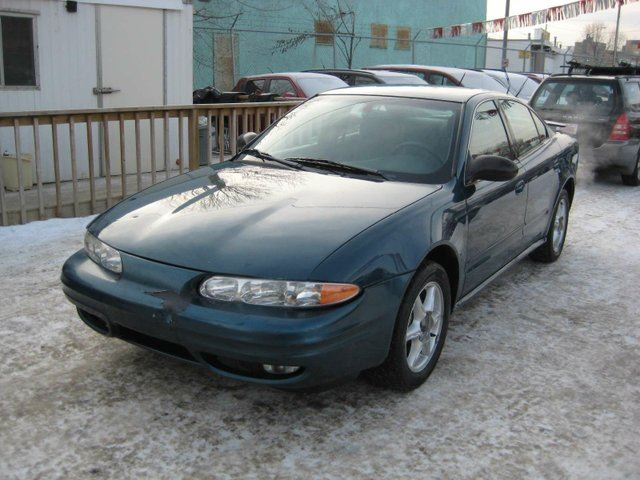 2003 OLDSMOBILE ALERO GL 4dr Sedan in Edmonton, Alberta