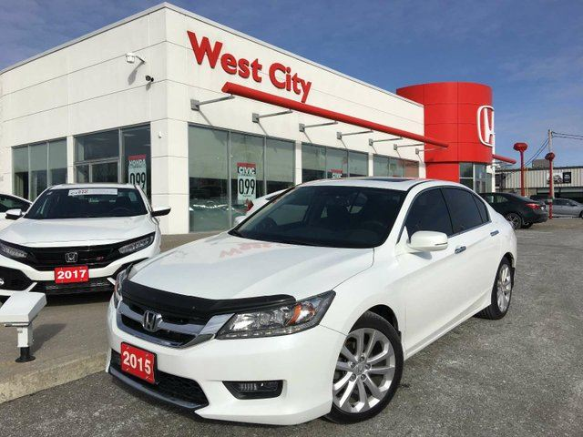 2015 HONDA ACCORD TOURING,LEATHER,GPS! in Belleville, Ontario