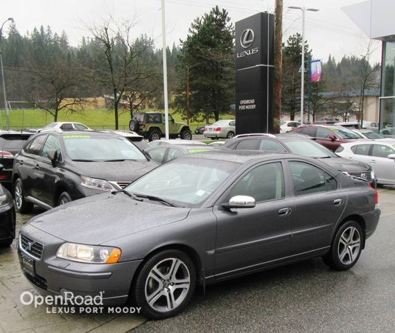 2006 VOLVO S60 2.5L Turbo Auto - Sunroof - Leather  in Port Moody, British Columbia