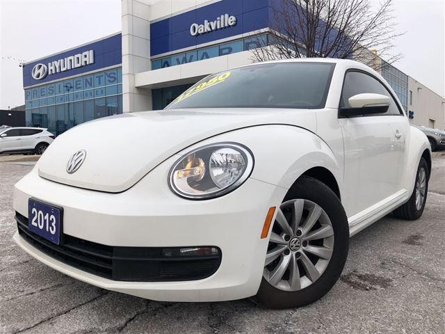 2013 Volkswagen New Beetle  COMFORTLINE  2.5L  POWER OPTION  NO ACCIDENT in Oakville, Ontario