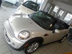 2012 MINI Cooper 2dr NO ACCIDENTS, 2 SETS OF TIRES ,AUX,USB, in Oakville, Ontario