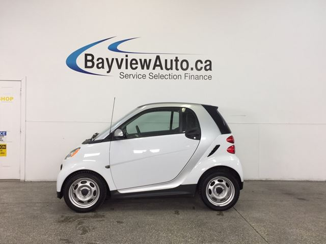 2013 SMART FORTWO - AUTO|A/C|BLUETOOTH|UNDER 23,500 KM! in Belleville, Ontario