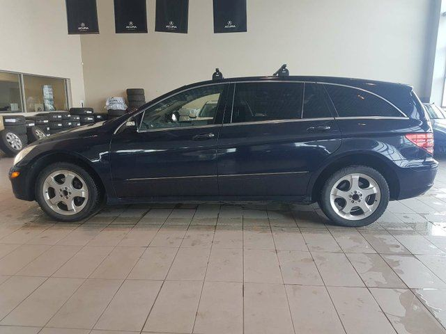 2006 MERCEDES-BENZ R-CLASS Base LP - Heated Leather, Sunroof + Bluetooth! in Red Deer, Alberta