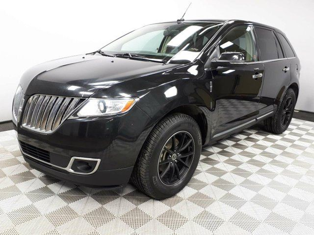 2014 LINCOLN MKX AWD - Local One Owner Trade In | No Accidents | 3M Protection Applied | 2 Sets of Rims and Tires | Leather Interior | Heated/Cooled Front Seats | Heated Rear Seats | Heated Steering Wheel | Bluetooth | Dual Zone Climate Control with AC | Panoramic Su in Edmonton, Alberta