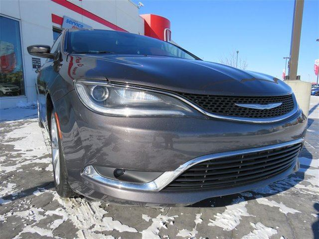 2015 CHRYSLER 200 Limited *No Accidents, One Owner, Local Vehicle* in Airdrie, Alberta