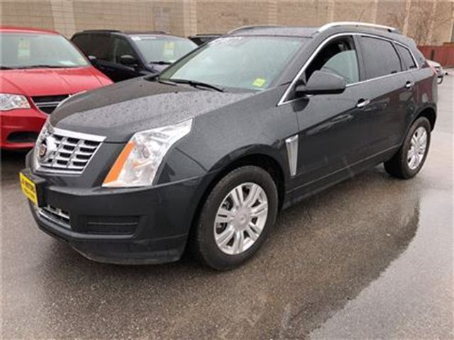 2014 CADILLAC SRX Luxury, Auto, Leather, Panoramic Sunroof, AWD in Burlington, Ontario