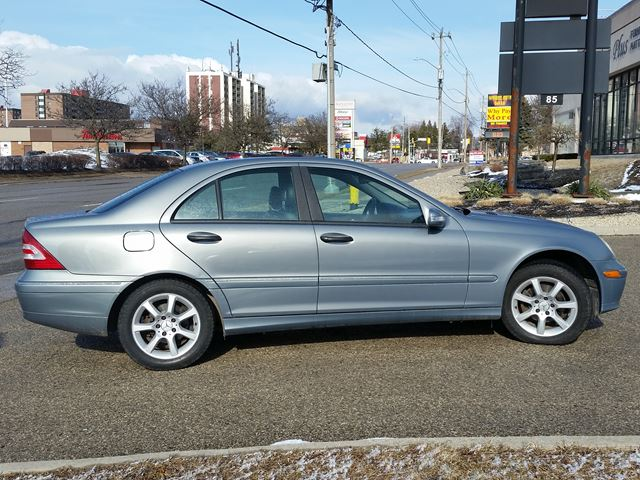 2005 mercedes benz c class 1 8l kompressor waterloo for 2005 mercedes benz c class