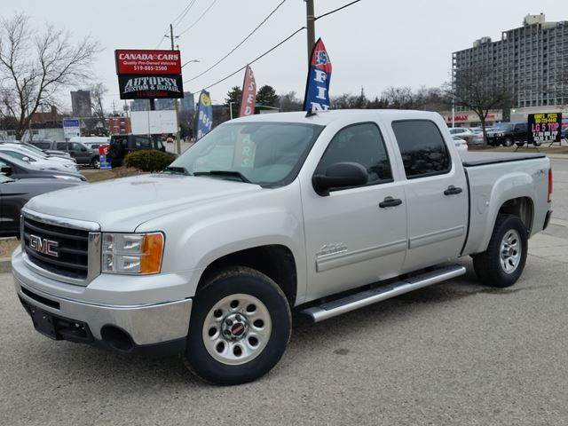 2010 GMC Sierra 1500 SL Nevada Edition 4x4 in Waterloo, Ontario