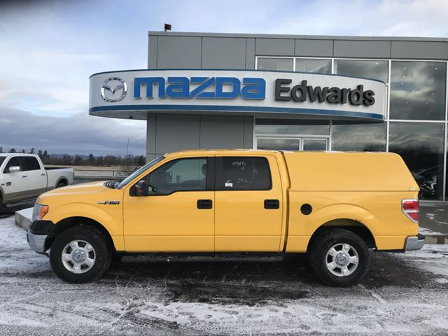 2010 FORD F-150 XLT in Pembroke, Ontario