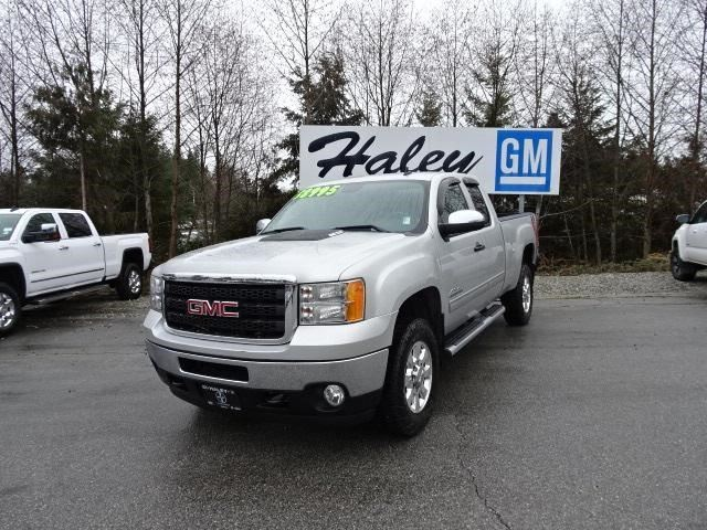 2011 GMC Sierra 2500  SLE in Sechelt, British Columbia