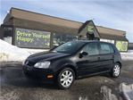 2009 Volkswagen Rabbit Trendline / SUNROOF / HEATED SEATS in Fonthill, Ontario