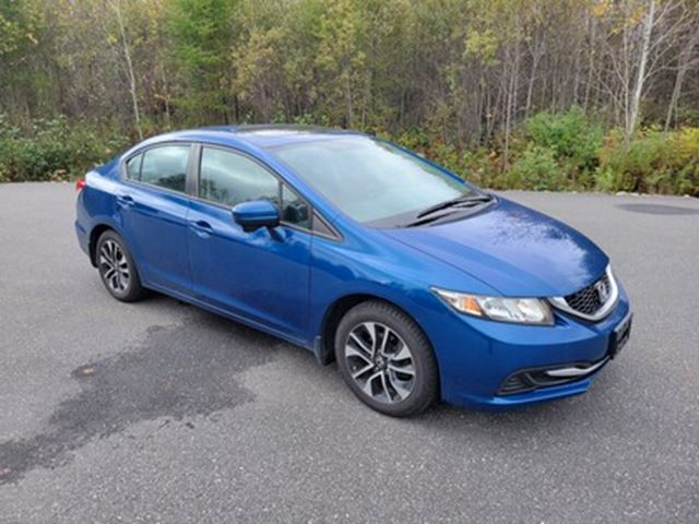 2016 HYUNDAI SANTA FE 2.4   HEATED SEATS   BLUETOOTH   SAT RADIO in London, Ontario