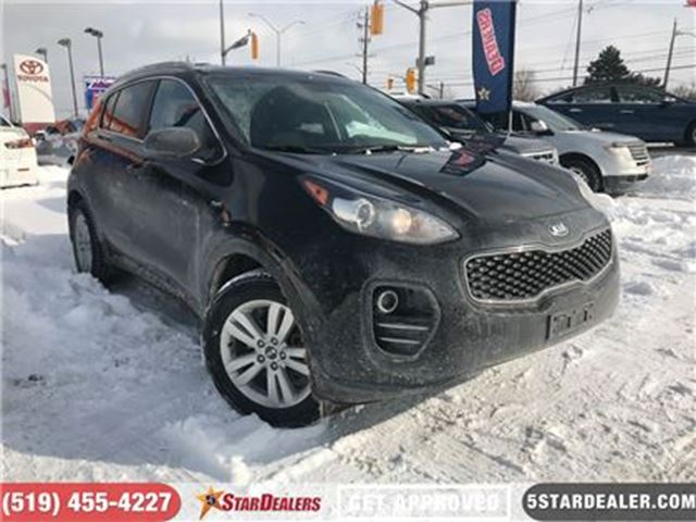 2017 KIA SPORTAGE LX   4X4   CAM   ONE OWNER   HEATED SEATS in London, Ontario
