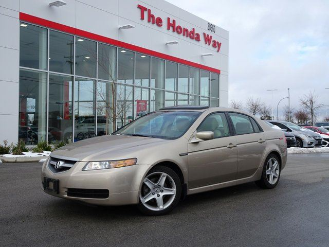 2004 ACURA TL 5-speed AT in Abbotsford, British Columbia