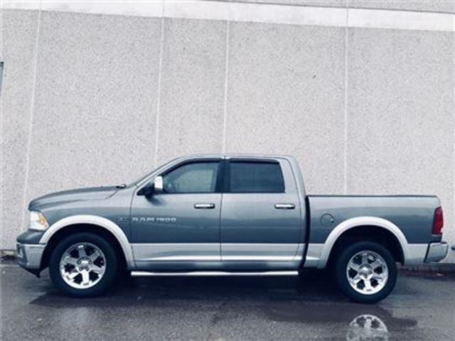 2012 DODGE RAM 1500 Laramie, Leather, sunroof, one owner, no accidents in Vaughan, Ontario