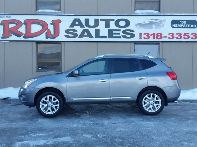 2013 NISSAN ROGUE SV AWD ACCIDENT FREE in Hamilton, Ontario