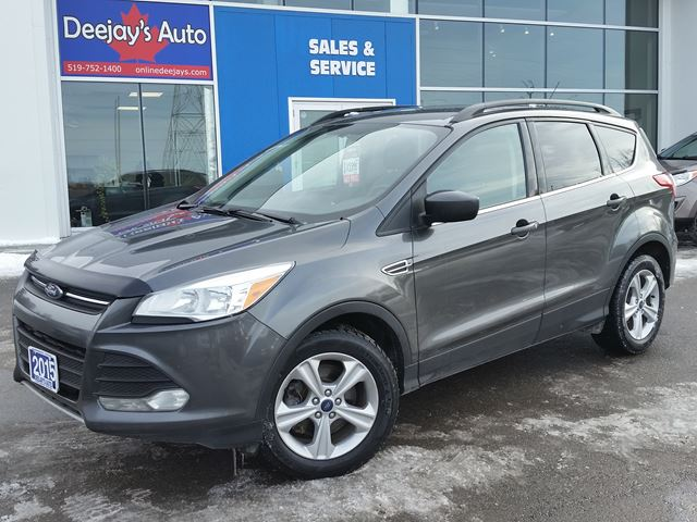 2015 FORD Escape SE 4WD in Brantford, Ontario