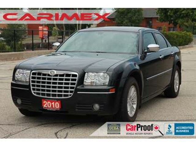 2010 CHRYSLER 300 Touring V6   CERTIFIED in Kitchener, Ontario
