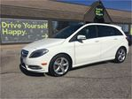 2014 Mercedes-Benz B-Class 250 Sports Tourer / SUNROOF / PREMIUM PKG in Fonthill, Ontario